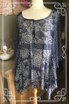 Donkerblauwe tuniek met bloemenprint van s. Oliver - Maat 56-58