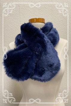 Donkerblauwe sjaal van nepbont