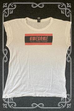 Wit shirt met Awesome van Jill maat 146/152
