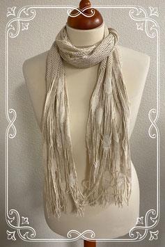 Leuke gehaakte sjaal met franjes