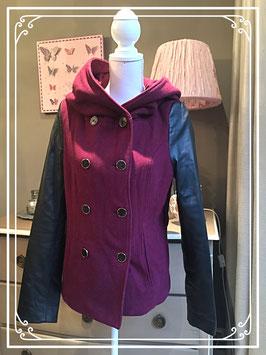Een steenrode jas van Coolcat - maat M