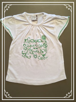 Wit shirtje met groen borduursel - maat 86