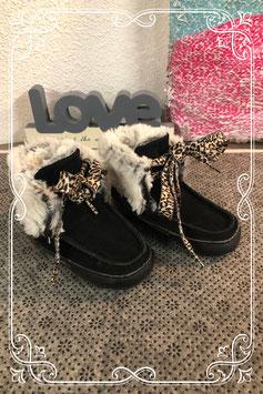 Nieuwe zwarte schoenen van het merk Vingino - maat 20