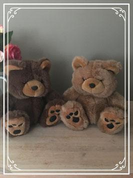 set van twee knuffelberen