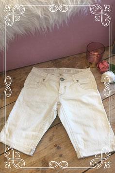 Creme kleurige jeansshort van JILL-maat 134-140