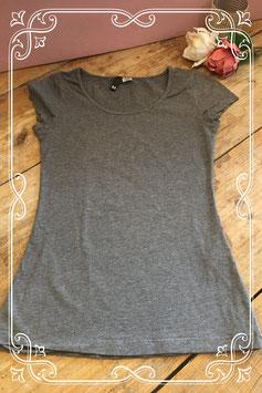 Grijs basic shirt van de H&M - maat 34