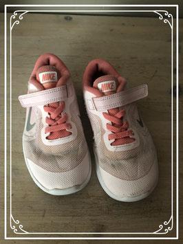 Rose nike schoenen - Maat 27