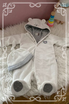 Wit beren pakje van NewBorn - maat 50-56