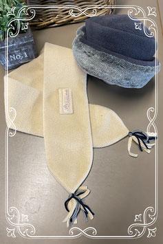 Grijs hoedje en beige sjaal als set - van 4-6 jaar