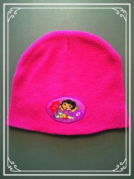Donker roze Dora mutsje - voor meisje van 2 jaar