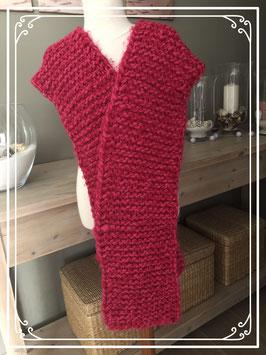 Brede en lange gebreide sjaal
