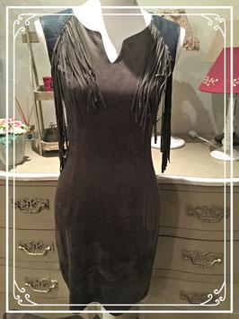 Bruine suède-look jurk van Drõle de copine - maat S