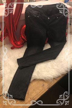 zwarte positie jeans van H&M mama-maat 42