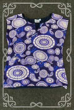 Nieuw! Leuk en sierlijk shirt van John Cabot maat M
