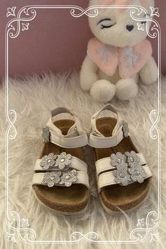 Witte sandalen van Cupcake Couture uit de vanHaren collectie - maat 23