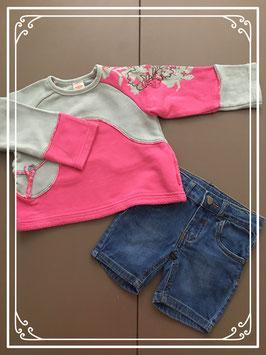 Kleurrijk truitje met korte spijkerbroek - Maat 86