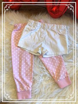 Wit kort broekje van Tex baby en een roze legging met sterren - maat 86