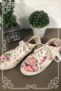 Leuke gebloemde schoenen maat 38