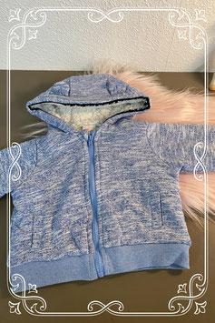 Leuk en warm blauw vest van de Hema in maat 68