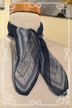 Deftig blauw sjaaltje