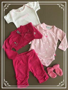 5-delig roze setje met broekje - shirtje- rompertjes en sokjes - Maat 62-68