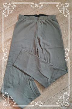 Nieuw! Mooie donkergroene legging in maat L/XL