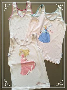 Driedelig setje van prinsessen onderhemdjes - maat 122