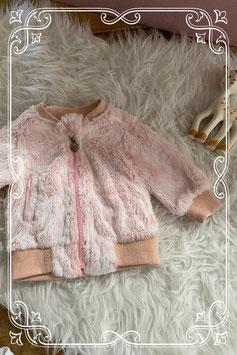 Leuk zacht roze vestje - maatje 50/56