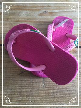 Roze teenslippertjes van Ipanema - maat 23