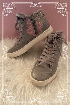 Heerlijk warme schoenen maatje 34