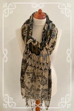 Leuke sjaal in beige met lichtblauw en zwart