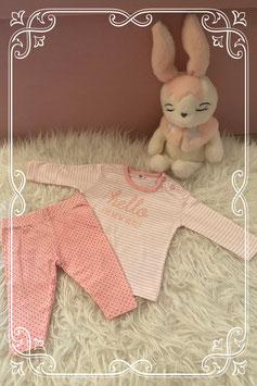 Roze met wit setje - maat 56