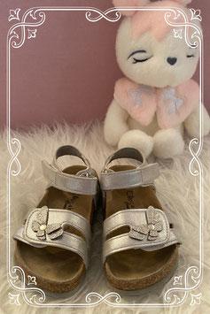 Zilveren sandaal van Cupcake Couture uit de vanHaren collectie - maat 23