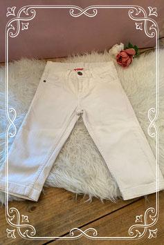 Mooie witte capri van de Hema maatje 134-140