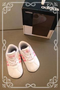 Nieuw! Roze witte Adidas schoentjes maat 18