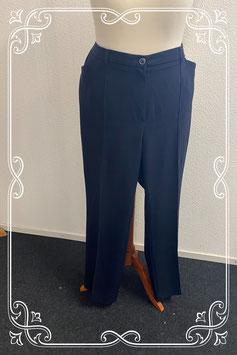 Mooie zwarte pantalon van Relaxed by Toni maat 50