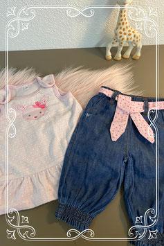 Zacht roze jurkje maat 50 en spijkerbroekje maat 56