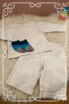 Huispakjessetje in wit met blauw-grijze sokjes - maat 68