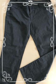 Nieuw! Zwarte broek van Yessica maat 48
