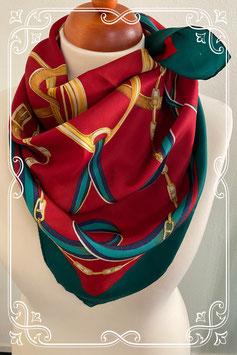 Rood met groene sjaal met leuke details - volwassenen