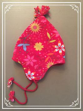 Rode muts met bloemmotief - voor 1-3 jarigen