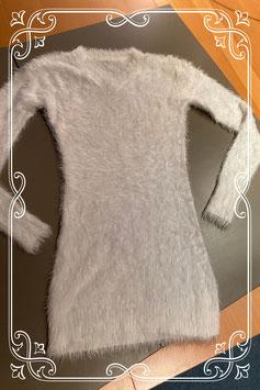 Witte pluizige trui maat S