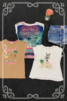 3 shirts van H&M en Bizzy en korte spijkerbroek van H&M maat 134/140