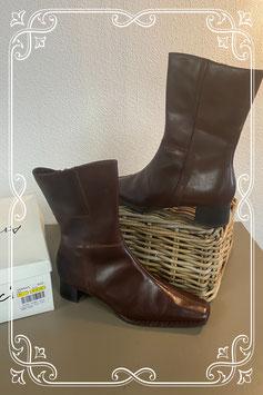 Nieuw! Chique bruine laarzen van Arriverderci in maat 41