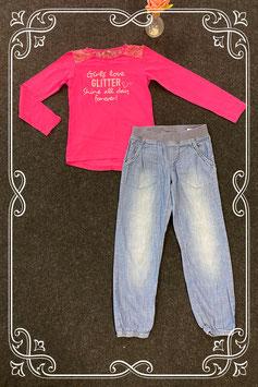 Leuke broek van H&M maat 140 en roze longsleeve van Persival maat 140/146