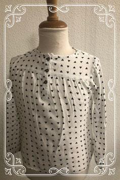 Net wit met zwarte blouse maat 110/116