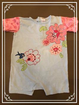 Lichtblauw broekpak met roze grote bloemen - Maat 104