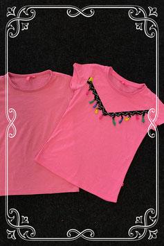 2 leuke roze shirts van Girls in maat 122