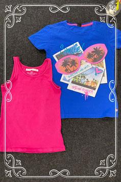 Stoere roze top van H&M en blauw shirt met opdruk van SOHO maat 146/152