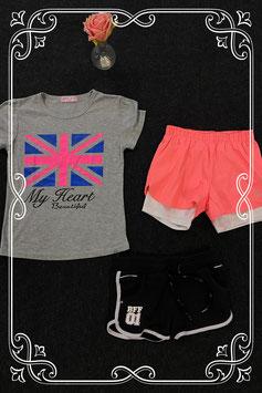 Leuk grijs shirt en 2 sportbroekjes van o.a. Coolcat maat 134/140
